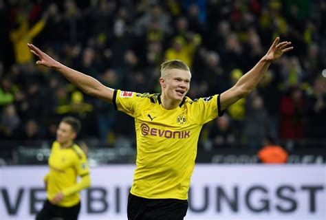 Haaland laid on the opener against eintracht for reus, who then provided his second. Erling Haaland brace helps Borussia Dortmund thrash Union ...