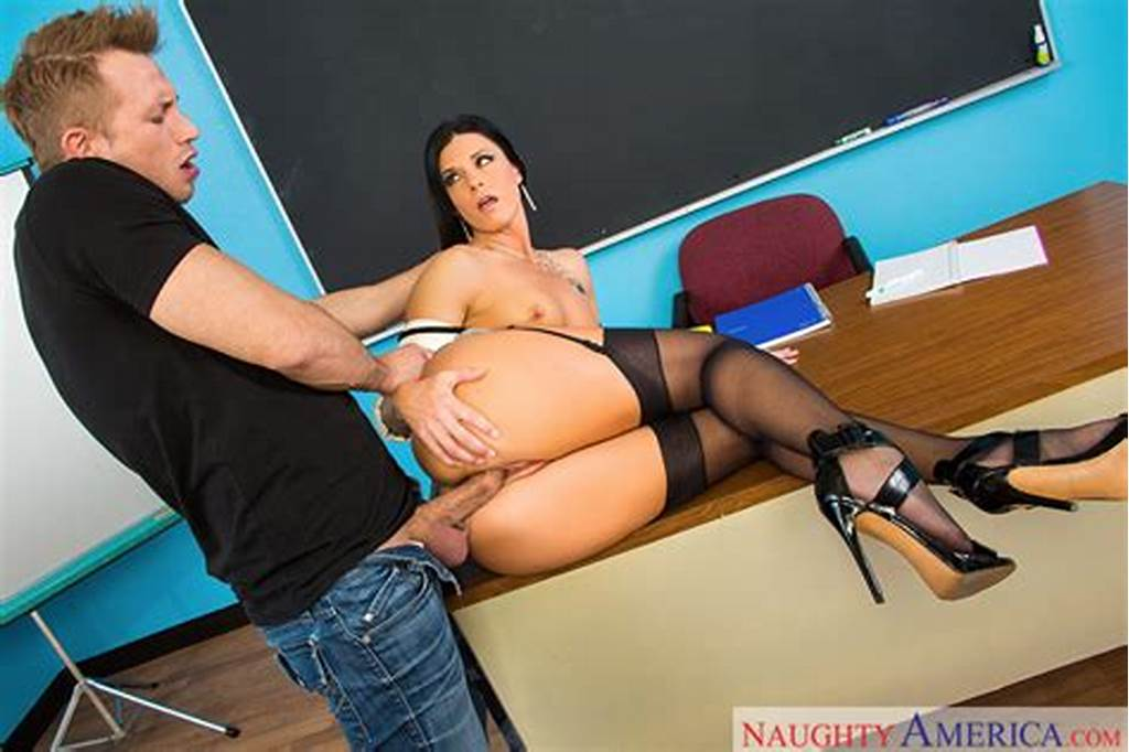 #India #Summer #& #Bill #Bailey #In #My #First #Sex #Teacher