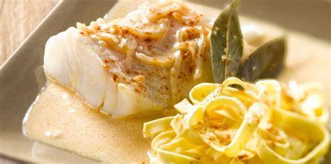 cuisine cabillaud cabillaud en sauce facile recette sur cuisine actuelle