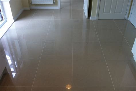LP Tiling   About Us   Your local tiler based in Horsham
