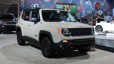 jeep crossover interior 2017 jeep renegade deserthawk is yet another special