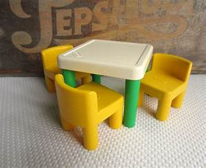 Little Tikes Classic Table And Chairs Set Decor