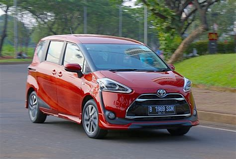Review Toyota Sienta by 2017 Toyota Sienta Review Singapore Toyota Cars Models