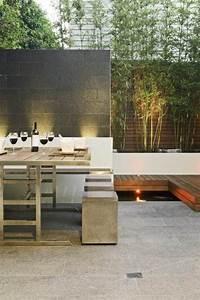Hängende Gärten Selbst Gestalten : naturstein sichtschutzwand bambus blumenk bel sitzgruppe gestalten gartengestaltung ~ Bigdaddyawards.com Haus und Dekorationen