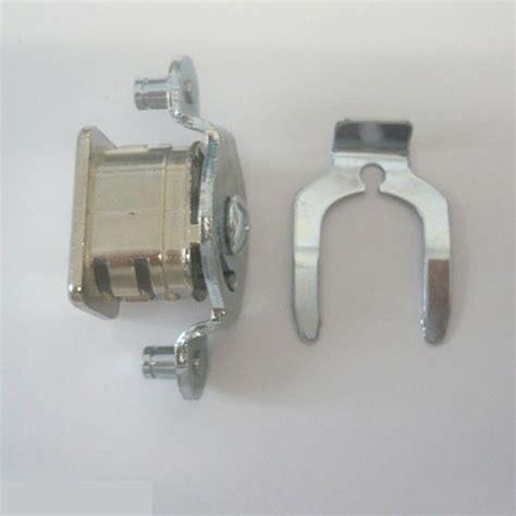 serrature per armadietti spogliatoio serrature per armadietti metallici casamia idea di immagine