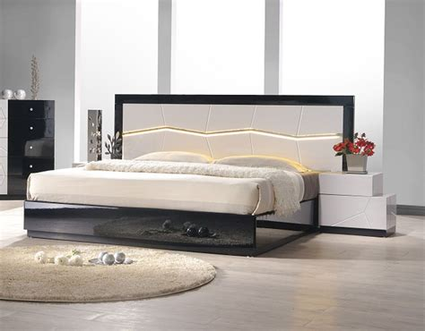 contemporary platform bed lacquered refined quality platform and headboard bed