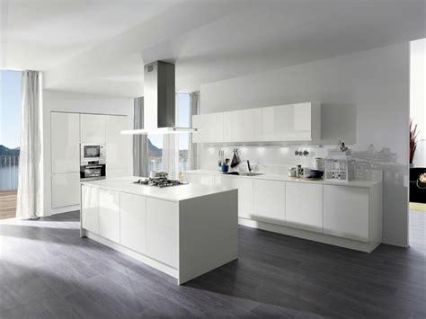 cuisine laquee blanche cuisine blanche laquée 99 exemples modernes et élégants cuisine blanche cuisine blanc laqué