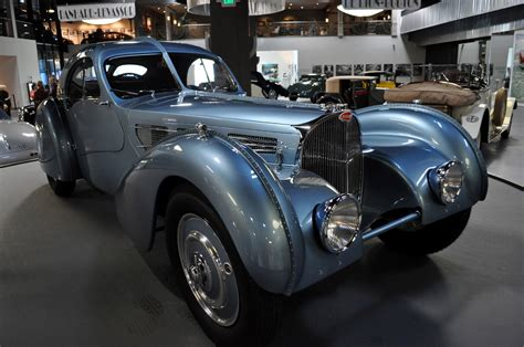 The breathtaking proportions of this masterpiece were simply unparalleled at the time and jean bugatti had the second atlantic made for himself. alianzaverdeporlaccionpacifica: 1937 Bugatti Atlantic type 57SC, holds the record for being sold ...