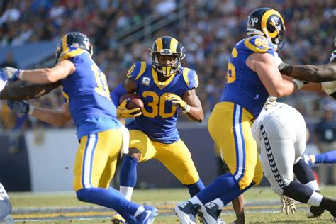chiefs  rams  odds los angeles favored
