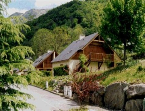 location chalets du bayle location vacances cauterets