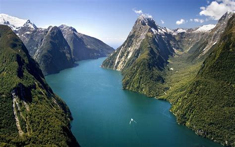 The Captivating Milford Sound New Zealand World For Travel