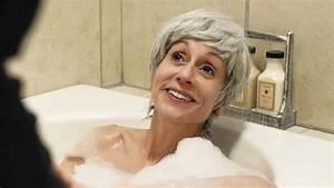 Judith Light Talks Transparent Season Two Bathtub Scene