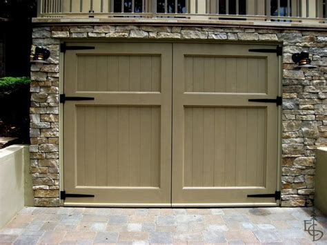 25 best ideas about carriage garage doors on