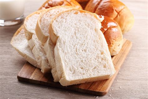 Erbsville Dental Waterloo Explains Why White Bread Is The
