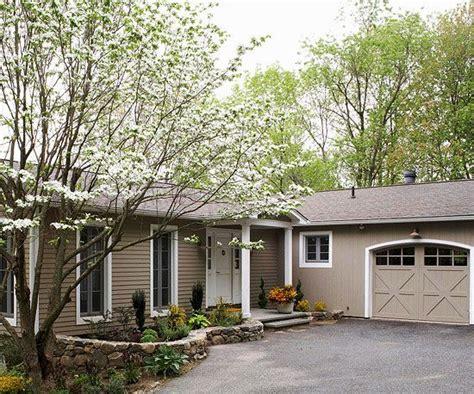 fresh ranch home exteriors best 20 asphalt driveway ideas on driveways