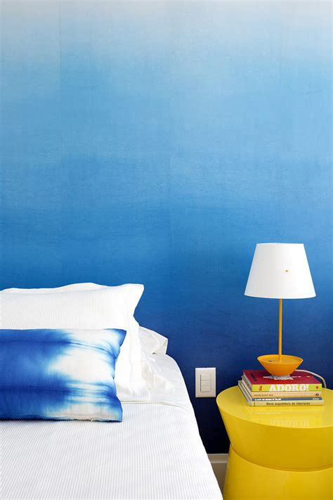 bedroom design ideas create  ombre wall   colorful