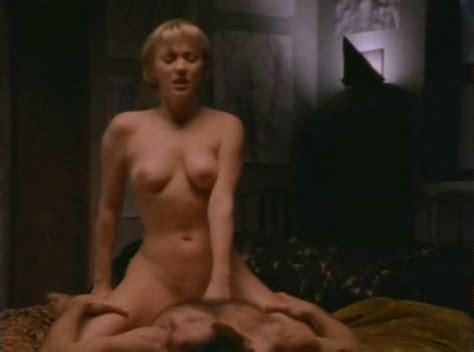 Michelle nackt Johnston 41 Hot