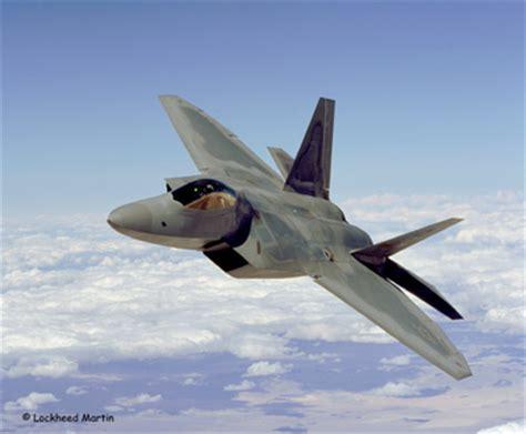 avion de guerre moderne maquette maquettes avions militaires revell 1 72 f22 a raptor avion de chasse moderne us