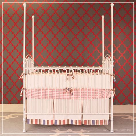 Bratt Decor Crib Satin White by Venetian 3 In 1 Crib In Distressed White By Bratt Decor