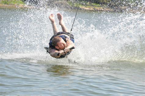 fail kneeboarding wipeout daily imgur fails picdump definitely call weekend edition superman fun thats izismile hilarious