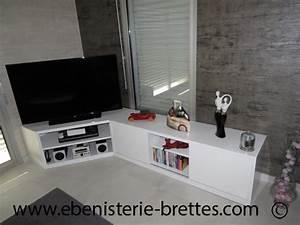 Meuble De Tele D Angle : meuble tv en angle blanc fabriqu et livr rennes ebenisterie brettes ~ Nature-et-papiers.com Idées de Décoration
