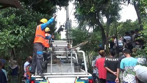 Pln ulp bojonegoro kabupaten bojonegoro, jawa timur : Teknisi Listrik Pln Bojonegoro - Terima jasa pasang kwh ...