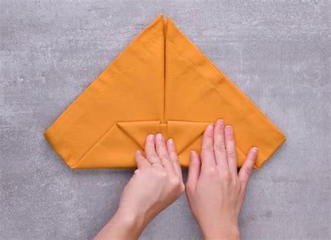 10 idejas, kā salocīt auduma salvetes - LifeHacks.lv