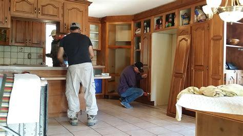 rajeunir sa cuisine relooking cuisine lui donner un autre look rénover