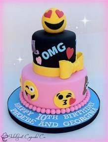 Minnie Mouse Bedroom Decorations by The Best Emoji Party Cakes Amp Desserts