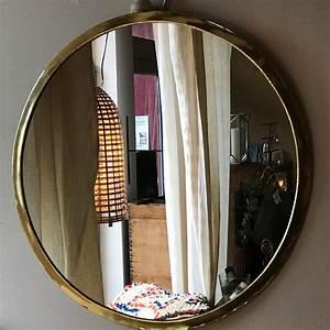 Miroir Rond Laiton : miroir rond chez les voisins ~ Teatrodelosmanantiales.com Idées de Décoration