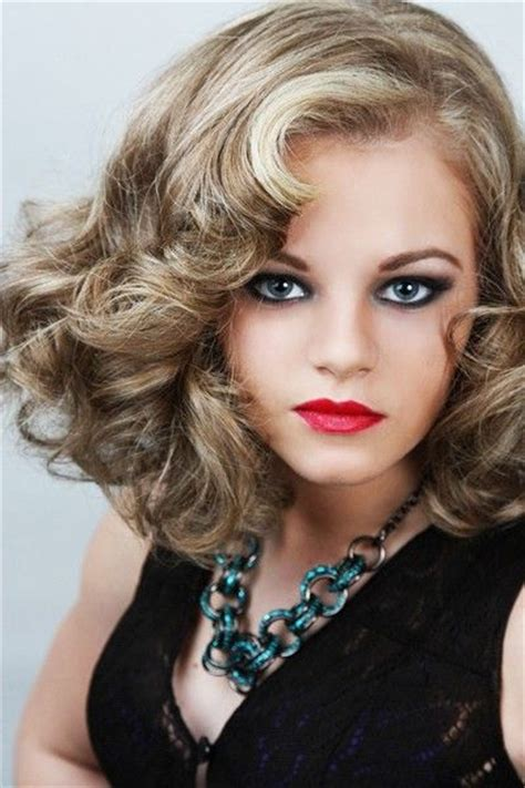 Curly Retro Hairstyles by 208 Best Bobby Images On Hairstyles Hairstyle