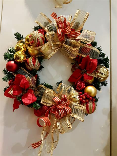 decorative christmas wreath elegant  christmas wreath
