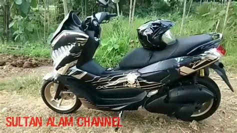 Nmax 2018 Gold by Proses Pemasangan Decal New Nmax 2018 Gold Predator With