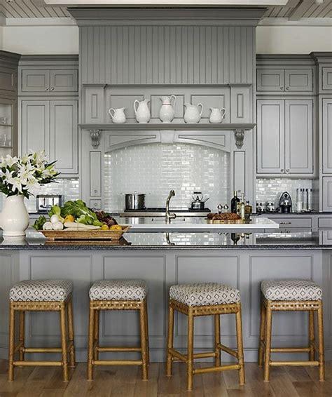 repeindre sa cuisine en gris comment repeindre une cuisine idées en photos