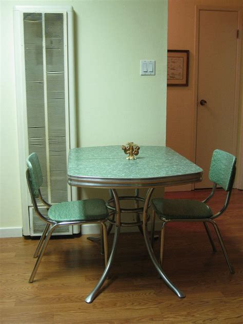 vintage   chrome kitchen tables  chairs