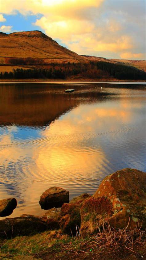 dovestone reservoir  peak district national park