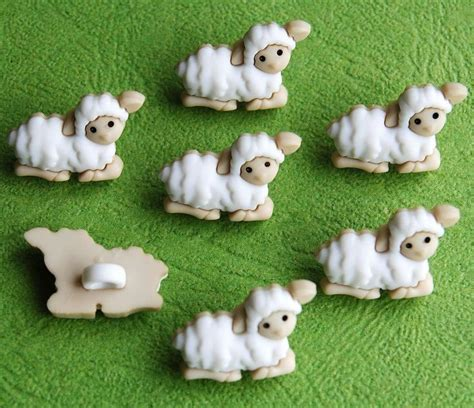 lambs farm holiday lights 639 best novelty craft buttons images on pinterest