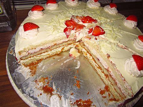 Weiße Schoko-erdbeer-torte Von Kuchenlena24