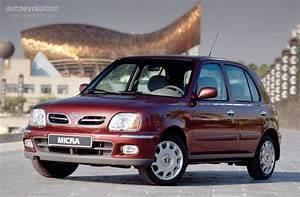 Nissan Micra 2001 : nissan micra 5 doors specs 2000 2001 2002 2003 autoevolution ~ Gottalentnigeria.com Avis de Voitures
