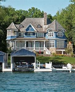 33 Lovely Lake House Exterior Design Ideas 33  Lakehouse