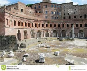Ruine-de-rome : définition de RUINE(-)DE(-)ROME,(RUINE DE ROME, RUINE-DE-ROME) , subst. fém.,