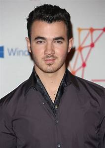 Kevin Jonas Picture 89 The Mtv Ema 39 S 2012 Arrivals