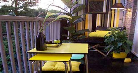 refaire sa cuisine déco balcon un aménagement coloré et chic pour l 39 été