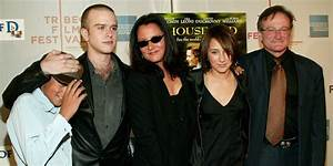 Robin Williams' Ex-Wife And 3 Children Release ...