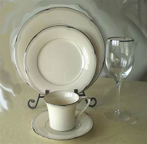 Noritake Sterling Cove 5pc Place Setting Including Silver