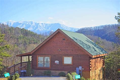cabin rentals pigeon forge dippin 1 bedroom cabin rental in pigeon forge