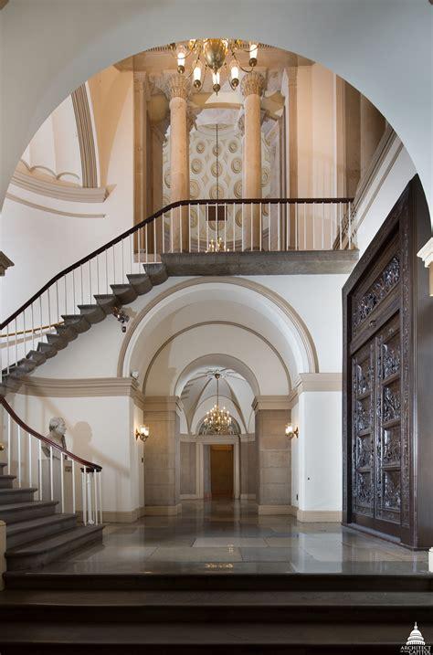 doors   architect   capitol