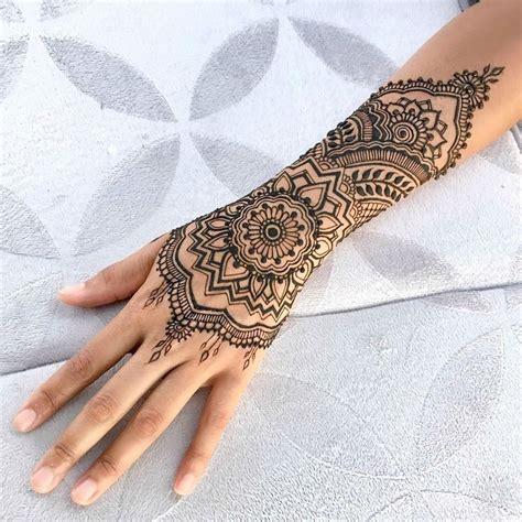 25+ Best Ideas About Henna Tattoo Arm On Pinterest