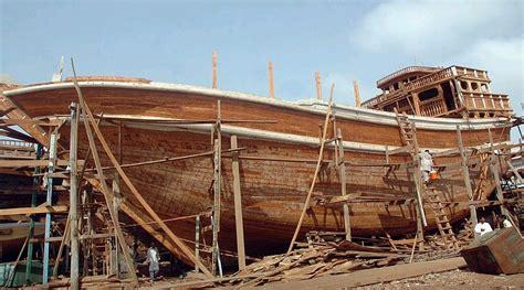 Boat Building In Uae by Boat Builders Of Karachipakistan Travel Culture