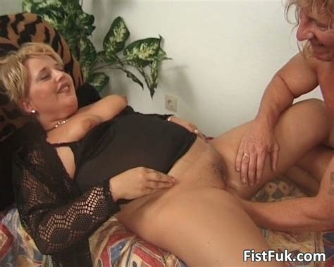 Chubby Mature Blond Gets Her Pussy Fisted